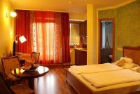 Akciós kétágyas hotelszoba Hévízen az Amira Wellness és Boutique Hotel-ben