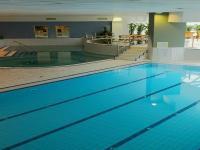 Aqua Hotel Kistelek - Úszómedence Kisteleken wellness hétvégére