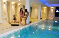 Aurora Hotel Miskolctapolca - Akciós félpanziós wellness csomagban wellness hétvégére