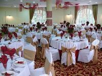 Esküvői rendezvényekre elegáns étterem Esztergomban panorámás kilátással a Dunára