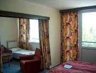 Kétágyas szoba gyönyörű kilátással a Balatonra, Hotel Hungária - Balaton