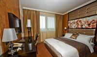 Hotel Délibáb akciós hotelszobája félpanzióval Hajdúszoboszlón