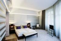 4* Grand Hotel Glorius akciós hotelszobája Makón fürdőbelépővel