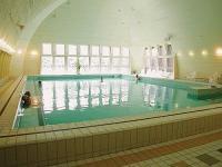 Gyógyvizes medence Hévízen a Hotel Helios gyógy- és wellness szállodában