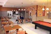Három Gúnár Hotel**** sörözője Kecskeméten - szórakozási lehetőségek Kecskeméten, biliárd terem és darts