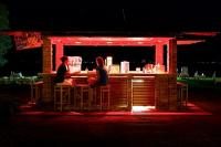 Balatoni koktélbár a Hotel Marina Port balatonkenesei szállodában