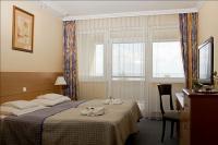 Akciós szabad szoba Balatonkenesén a Hotel Marina-Portban
