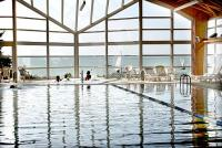 4* Hotel Marina-Port panorámás úszómedencéje wellness hétvégére