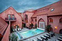 Mesés Shiraz Hotel kedvezményes csomagajánlatokkal várja vendégeit Egerszalókon