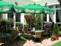 Terasz a Villa Classica szállodában Pápán
