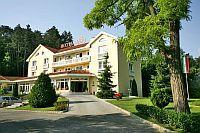 4 csillagos Hotel Villa Medici Veszprémben a Viadukt lábánál  Hotel Villa Medici Veszprém - négycsillagos wellness szálloda Veszprémben akciós áron - Veszprém