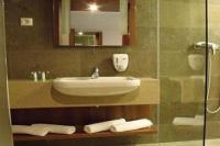 Hotel Zenit Vonyarcvashegy - balatoni szállás elérhető áron reggelis vagy félpanziós ellátással