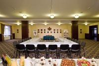 Hotel Kapitány konferencia terme akciós szállással és wellness szolgáltatással Sümegen