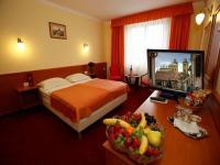 Hotel Korona last minute akciós hotelszobája Eger centrumában