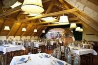 Hotel Makár étterme Pécsen, szállás reggelis és félpanziós ellátással