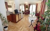 Panoráma Hotel Eger - elegáns hotel antik bútorokkal Egerben