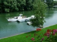 Győri olcsó szálloda, Restaurant a Duna mellett - Győr Amstel Hattyu hotel - Hotel az ÉLMÉNYFÜRDŐ közvetlen közelében Győrben