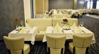 Portobello**** Yacht & Wellness Hotel - szép elegáns étterem Esztergomban