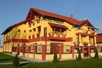 3* Hotel Royal - akciós szállás Cserkeszőlőn a gyógyfürdőnél