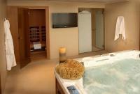 Saliris Resort Spa Hotel**** luxus szálloda elnöki lakosztálya jacuzzival