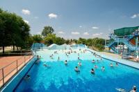 Wellness hétvége Cserkeszőlőn óriási medencékkel és gyógyvízzel