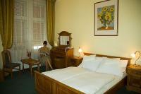 Unio Hotel elegáns akciós hotelszobája Budapest belvárosában