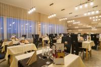 Vital Hotel Étterme Zalakaroson, svédasztalos reggelivel és vacsorával