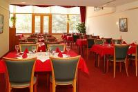 Wellness Hotel Panoráma Noszvaj - Szép panorámás étterem félpanziós ellátással
