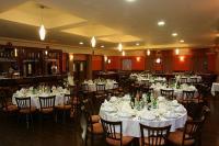Zichy Park Hotel elegáns és szép étterme Bikácson